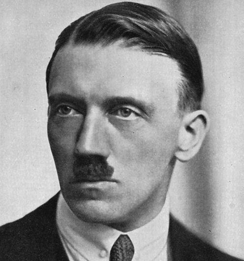 Adolf Hitler ichefbbcicoukimagesic496xnp02n576bjpg