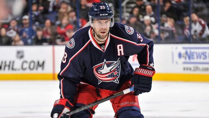 Adrian Aucoin Defenseman Adrian Aucoin announces retirement from NHL