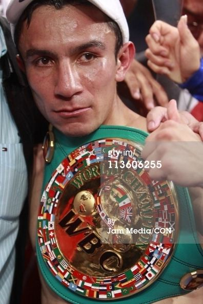 Adrián Hernández (boxer) httpsblog001westedgestorageyahoojpresbl