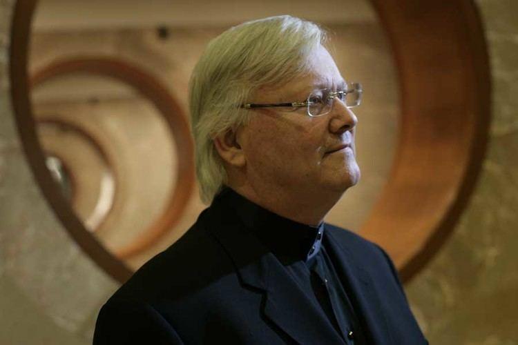 Adrian Smith (architect) httpsuploadwikimediaorgwikipediacommonsdd