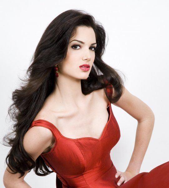 Adriana Vasini Adriana Vasini Wins Latin American Queen 2009 Panama Guide
