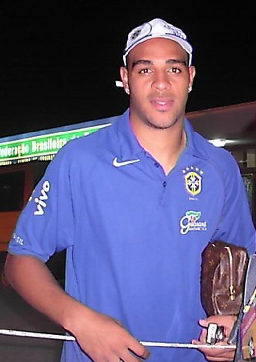 Adriano (footballer, born 1982) FileAdrianojpg Wikipedia