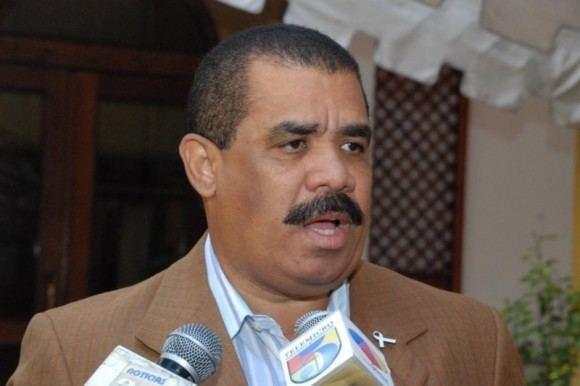 Adriano Sanchez Roa TSE aplaza recurso amparo contra candidatura Adriano