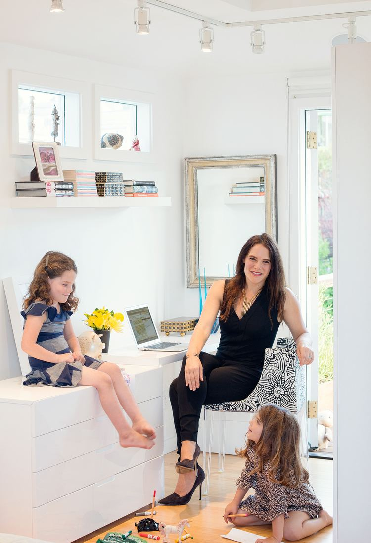 Adrienne Arieff Supermom Series 10 Questions for Adrienne Arieff Family Living