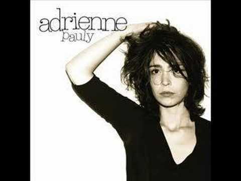 Adrienne Pauly Adrienne Pauly Pourquoi YouTube