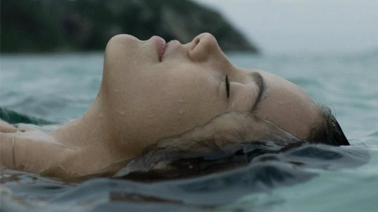 Adrift (2009 Brazilian film) httpsassetsmubicomimagesfilm2398imagew12