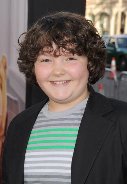 Aedin Mincks Aedin Mincks Photos Premiere Of Universal Pictures39 quotTed