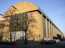 AEG turbine factory httpsuploadwikimediaorgwikipediacommonsthu