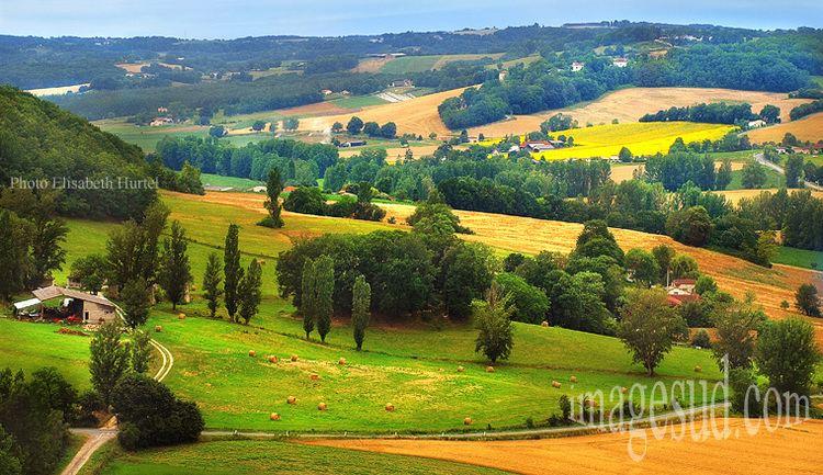Agen Beautiful Landscapes of Agen
