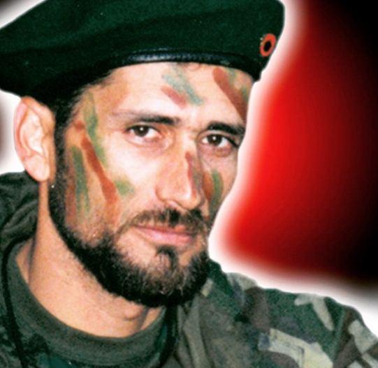 Agim Ramadani Gold AG pozon me uniformen dhe armn e Agim Ramadanit