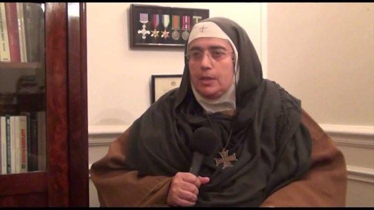 Agnes Mariam de la Croix Interview de Mre AgnsMariam de la Croix Syrie YouTube