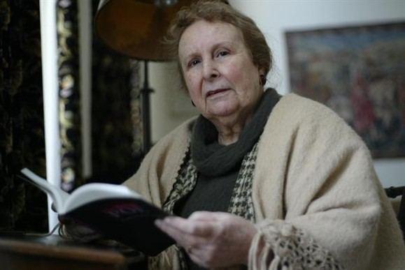 Agustina Bessa-Luís Livros Prmio Revelao Agustina BessaLus deixa de ter idade limite