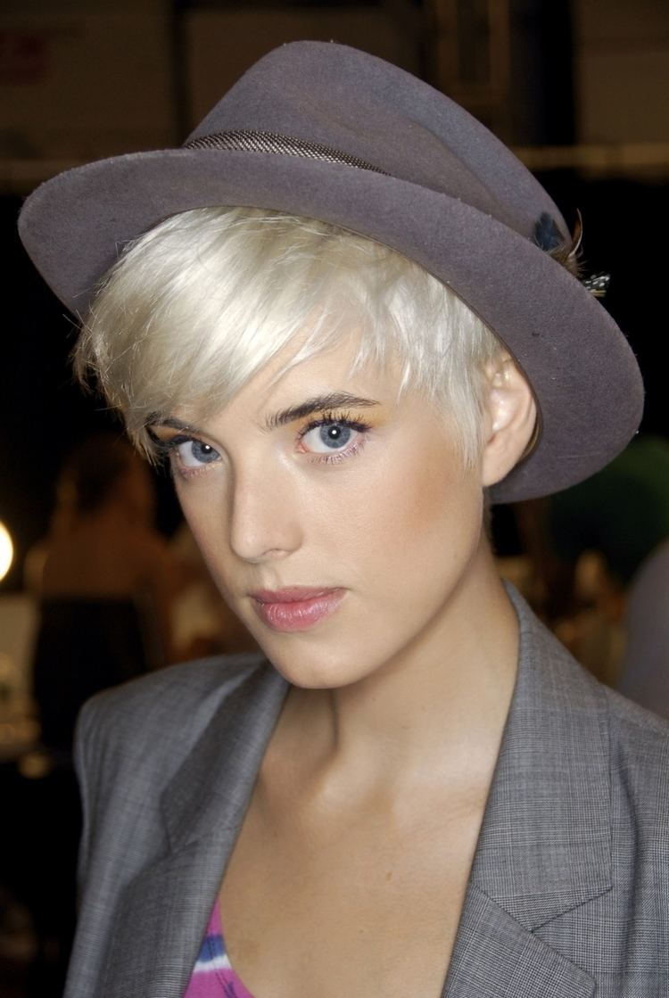 Agyness Deyn Agyness Deyn Biography Agyness Deyn39s Famous Quotes