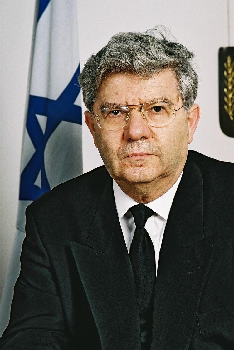 Aharon Barak tcjewfolkcomwpcontentuploads201008AharonB