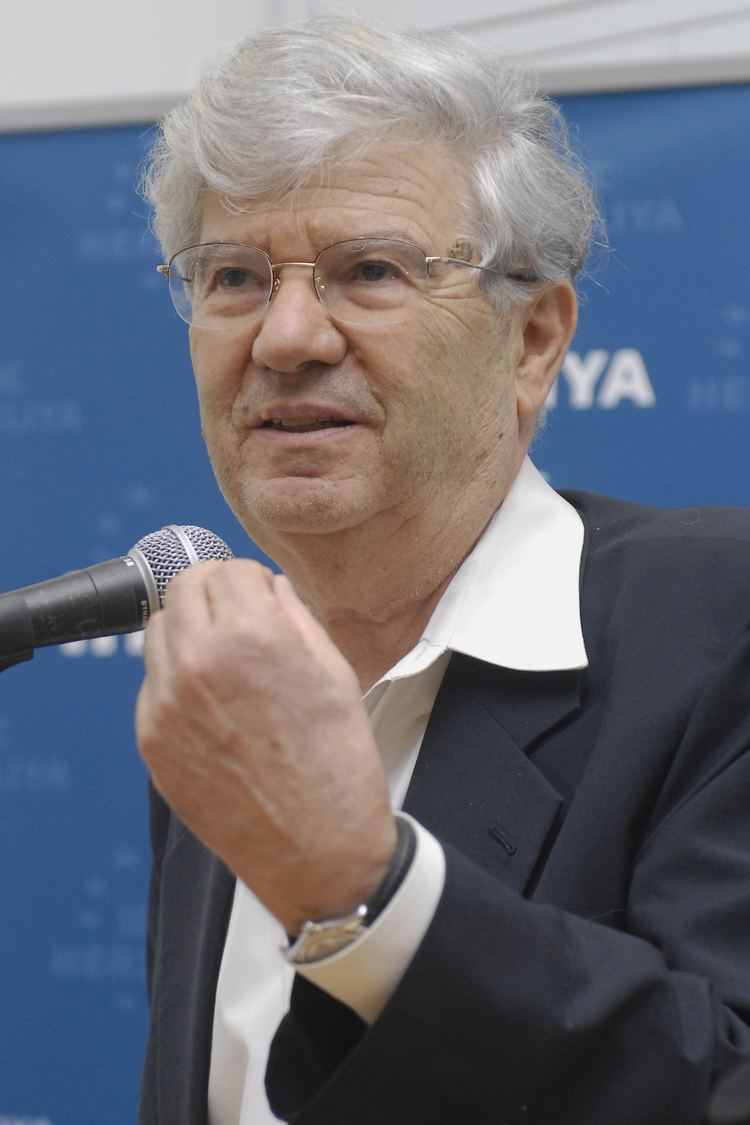 Aharon Barak Justice Aharon Barak to Lead Annual Hugo Black Lecture on