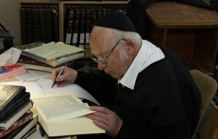 Aharon Lichtenstein Renowned Rabbi Aharon Lichtenstein dies at 81 The Times