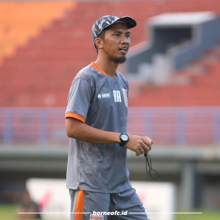Ahmad Amiruddin Dragan Djukanovic Pulang Kampung Ahmad Amiruddin Pimpin Latihan