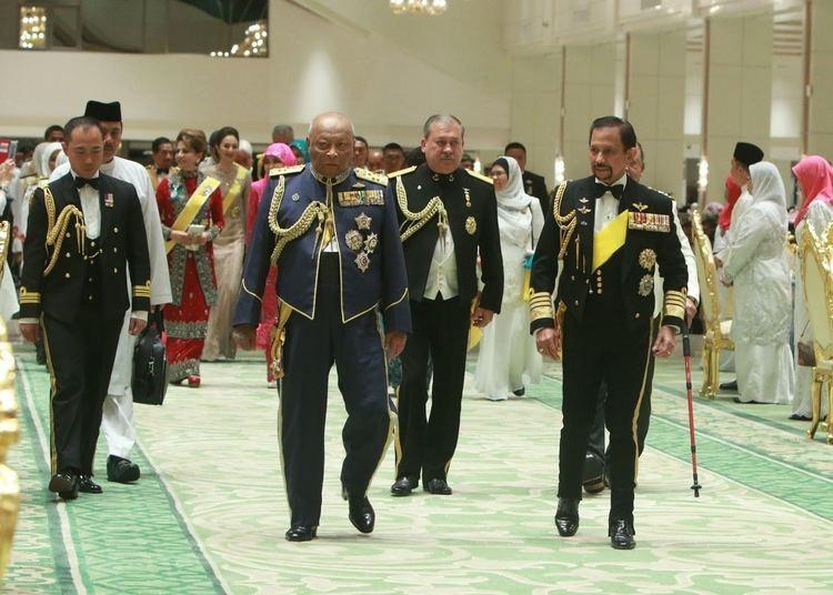 Ahmad Shah of Pahang Kee Hua Chee Live HRH SULTAN AHMAD SHAH OF PAHANG AND HRH SULTANAH