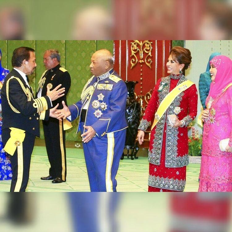 Ahmad Shah of Pahang Kee Hua Chee Live HIS ROYAL HIGHNESS SULTAN AHMAD SHAH OF PAHANG