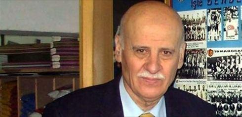 Ahmet Suat Ozyazici Ahmet Suat zyazc39nn hayat kitap oldu Foto Spor