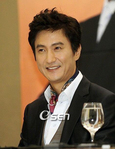 Ahn Nae-sang Ahn Nae Sang Korean Actor Actress
