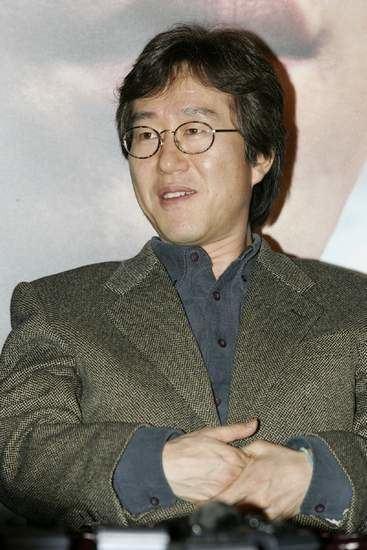 Ahn Pan-seok wwwhancinemanetphotosphoto15798jpg
