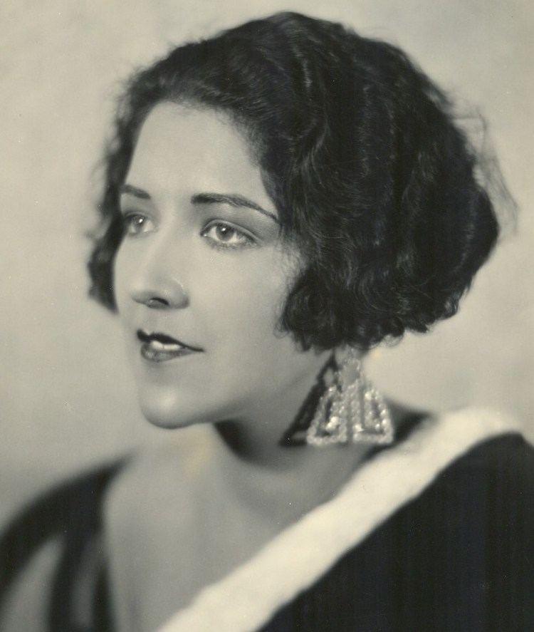 Aileen Pringle httpsuploadwikimediaorgwikipediacommons22