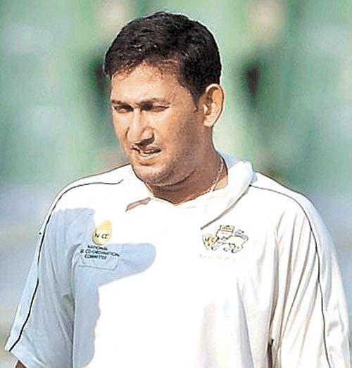 Ajit Agarkar (Cricketer) playing cricket