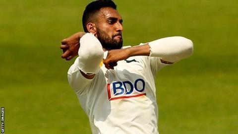 Ajmal Shahzad Sussex sign Nottinghamshire pace bowler BBC Sport