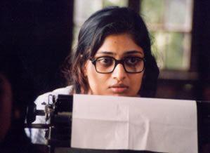 Akale Alternate Movies AkaleAt a Distance 2004Malayalam