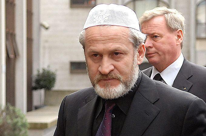 Akhmed Zakayev Polish police detain Chechen leader Al Jazeera English