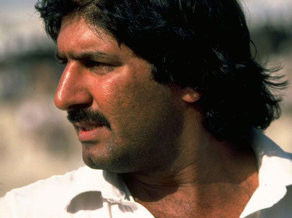 Akhtar Sarfraz (Cricketer)