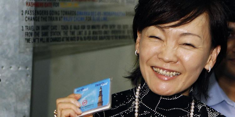 Akie Abe Japan39s First Lady Akie Abe Joins Gay Parade
