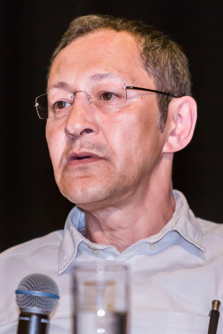 Akif Pirincci httpsuploadwikimediaorgwikipediacommons33