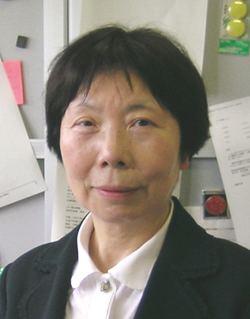 Akiko Kobayashi (chemist) wwwsutokyoacjpenawards2008images0601jpg