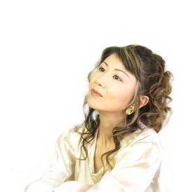 Akiko Kobayashi (singer) wwwgenerasiacomwimagesthumb44bkobayashiaki