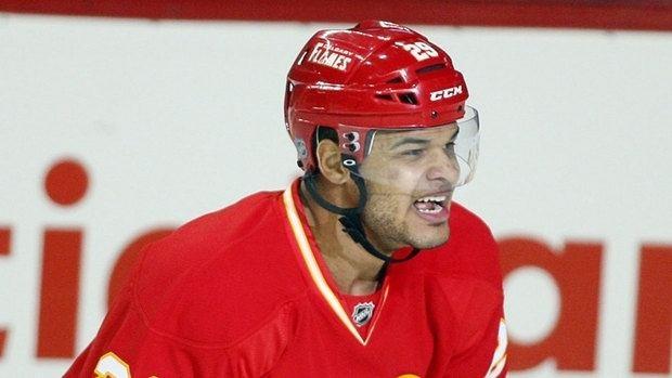 Akim Aliu Akim Aliu scores 1st NHL goals as Flames beat Ducks NHL