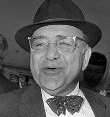 Akim Tamiroff httpsuploadwikimediaorgwikipediacommonsthu