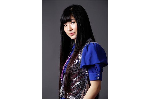 Akino (singer) ARTICLES SYNC MUSIC JAPAN