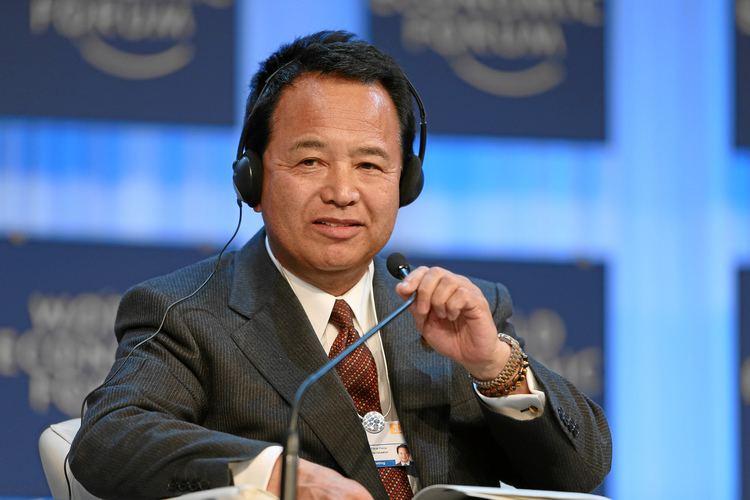 Akira Amari FileAkira Amari World Economic Forum 2013jpg Wikimedia