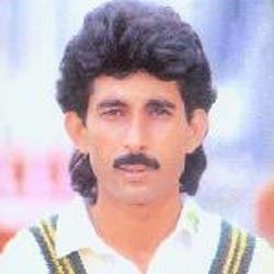 Pakistan Cricket Players History Akram Raza Pakistan cricket team