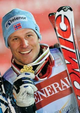 Aksel Lund Svindal Aksel Lund Svindal Norwegian skier Britannicacom
