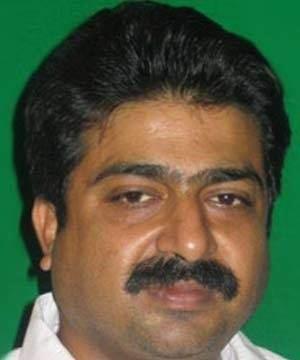 Akshay Pratap Singh sim06incomf51269607c09e7a04df0fcfcd72b6668mjpg