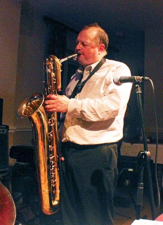 Alan Barnes (musician) Alan Barnes the multi instrumentalist composer arranger
