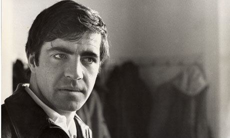 Alan Bates Obituary Sir Alan Bates Film The Guardian