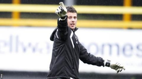 Alan Combe Hearts Alan Combe becomes keeper coach after Morton exit BBC Sport