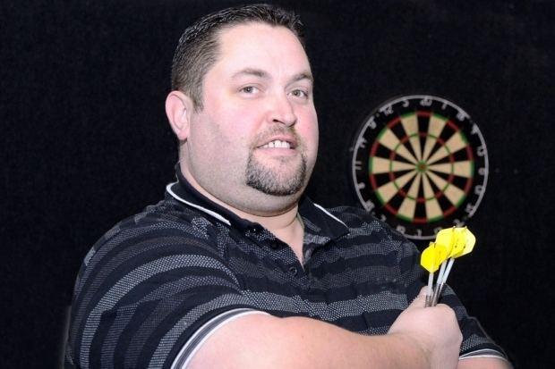 Alan Norris (darts player) Alan 39Chuck39 Norris in BDO darts final Falkirk Herald