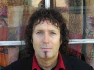 Alan Reeves (composer) httpsimgdiscogscom9Seq22c8jSZ9UjDK9VjsTbz5PK