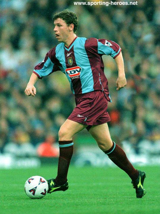 Alan Thompson (footballer, born 1952) Alan THOMPSON Premiership Appearances Aston Villa FC