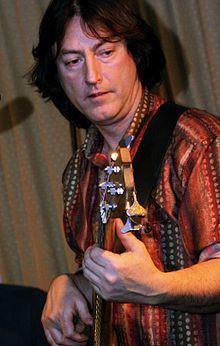 Alan Thomson (musician) httpsuploadwikimediaorgwikipediacommonsthu